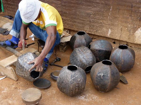 ART DE MADAGASCAR - Atelier de ferronnerie d'art